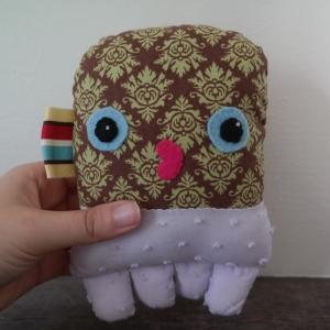 octopus, stuffed, plushie, felt, applique, sewing, DIY, craft, fabric